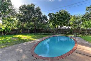 10518 Moorberry, Houston TX 77043