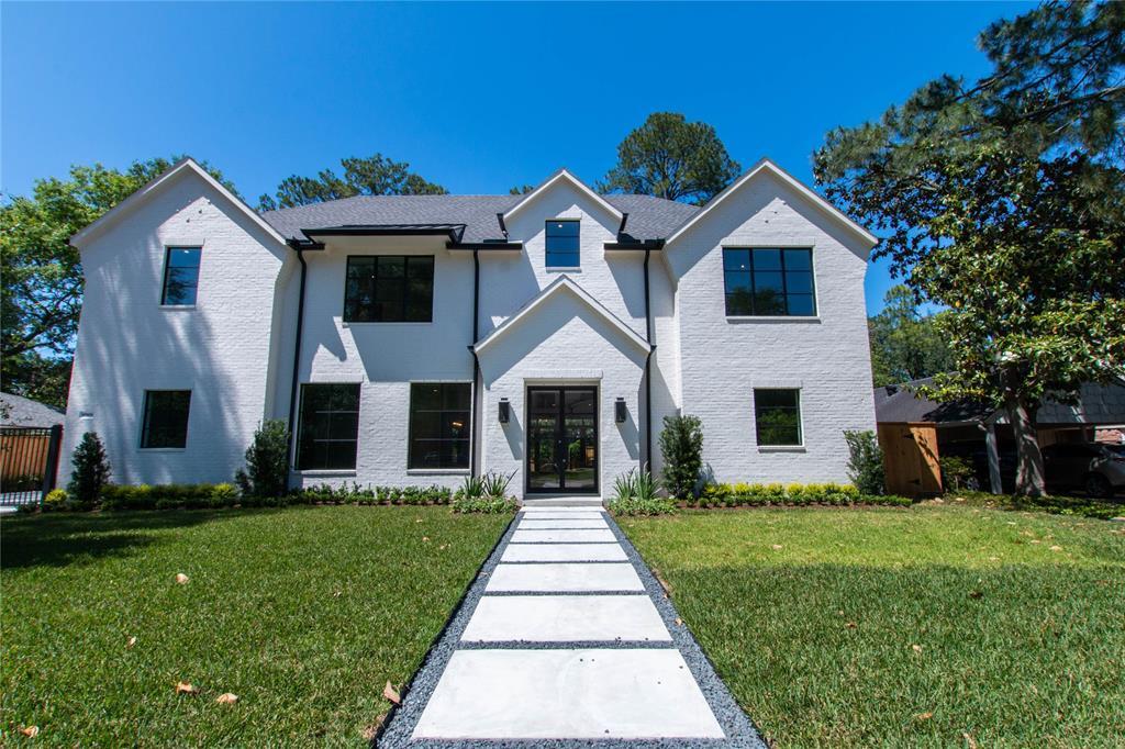 10906 Long Shadow Lane, Hunters Creek Village, TX 77024
