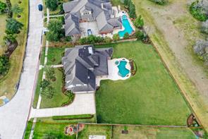 305 Northcliff Ridge Lane, Friendswood, TX 77546