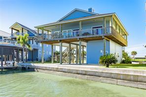 18 oyster point, port o connor, TX 77982