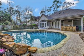 30 Howell Creek, The Woodlands TX 77382