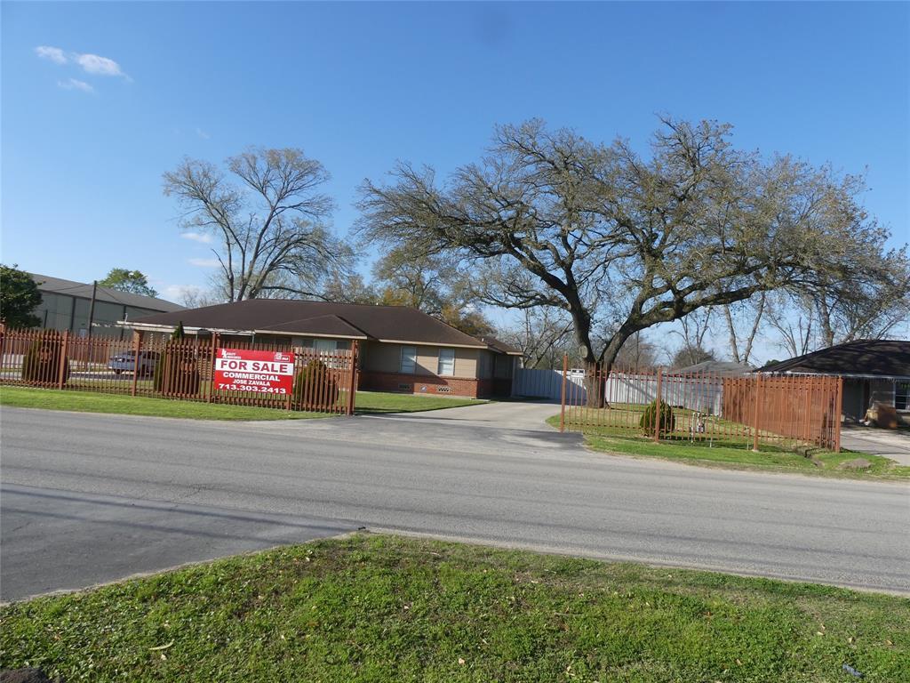 335 Hill Road, Houston, TX 77037