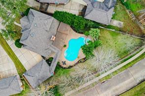 7022 Glenwood Drive, Sugar Land, TX 77479