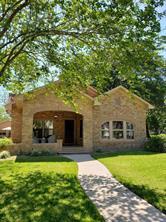 211 Avenue C, El Campo, TX, 77437