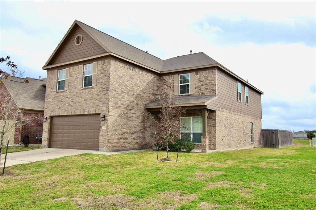 2415 Tucker Creek Drive, Fresno, TX 77545