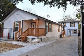 410 Owens, Houston TX 77029