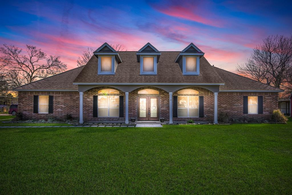 8910 Mccollum Park Road, Beach City, TX 77523