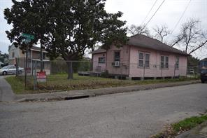 4731 n main street, houston, TX 77009