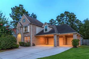 2 Graylin Woods Place, The Woodlands, TX 77382