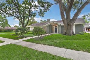 10203 Scofield, Houston TX 77096