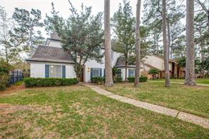 5123 Foresthaven, Houston TX 77066
