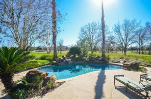 5411 E River Drive, Richmond, TX 77406