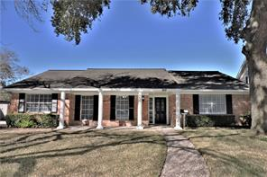 902 country club drive, richmond, TX 77469