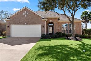 1525 Briar Bend Drive, Friendswood, TX 77546