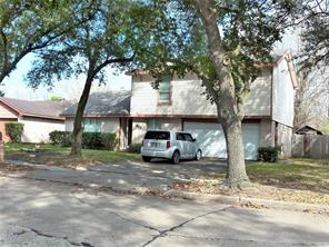 611 live oak drive, stafford, TX 77477