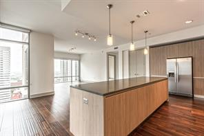 409 travis street #1610, houston, TX 77002