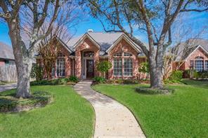 1007 Rosemeadow, Houston TX 77094