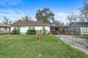 8421 Darlington, Houston, TX, 77028