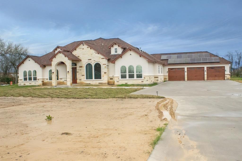 2303 Krenek Road, Crosby, TX 77532