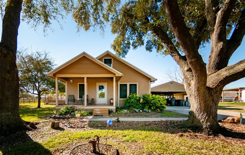 1628 Lundy Lane, Friendswood, TX 77546