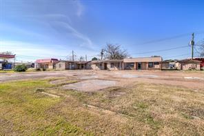 914 S Broadway Street, La Porte, TX 77571