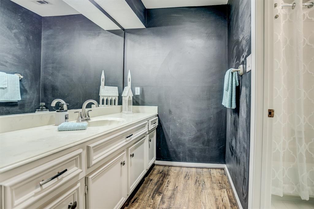 Upstairs bathroom with plenty of vanity space and storage!