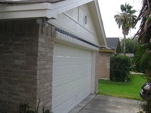 1511 Ridge Hollow, Houston TX 77067