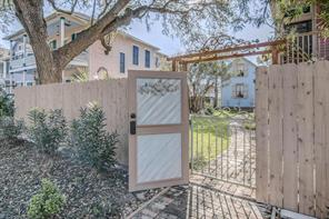 2019 Avenue M Rear, Galveston, TX, 77550
