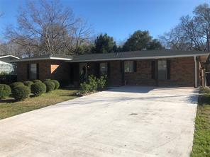 808 e wilkins street, angleton, TX 77515