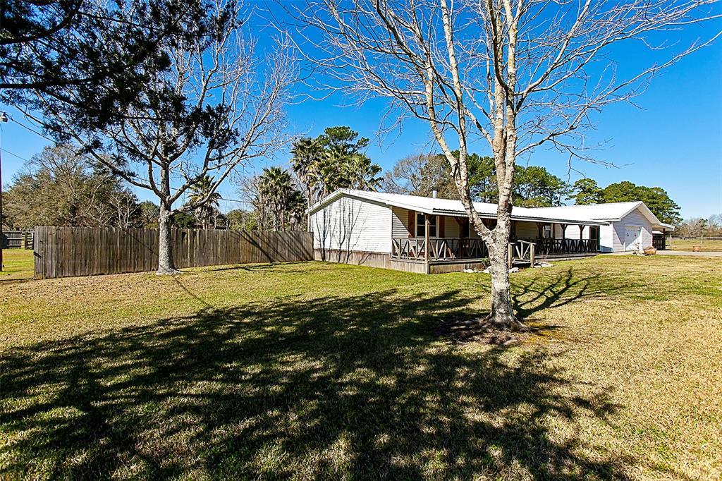 14502 Duncan Woods Lane, Vidor, TX 77662