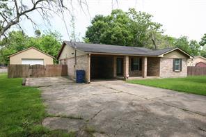 1205 taylor street, angleton, TX 77515