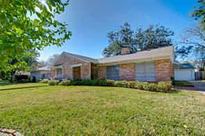 18318 Carriage Lane, Nassau Bay, TX 77058