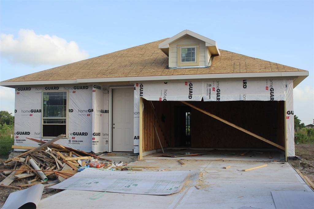 1926 Bending Green Drive, Iowa Colony, Texas 77583, 4 Bedrooms Bedrooms, 8 Rooms Rooms,3 BathroomsBathrooms,Single-family,For Sale,Bending Green Drive,49980944