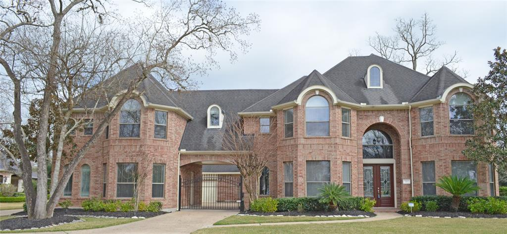 11 Bees Creek Knoll, Missouri City, Texas 77459, 6 Bedrooms Bedrooms, 8 Rooms Rooms,6 BathroomsBathrooms,Single-family,For Sale,Bees Creek,74634556