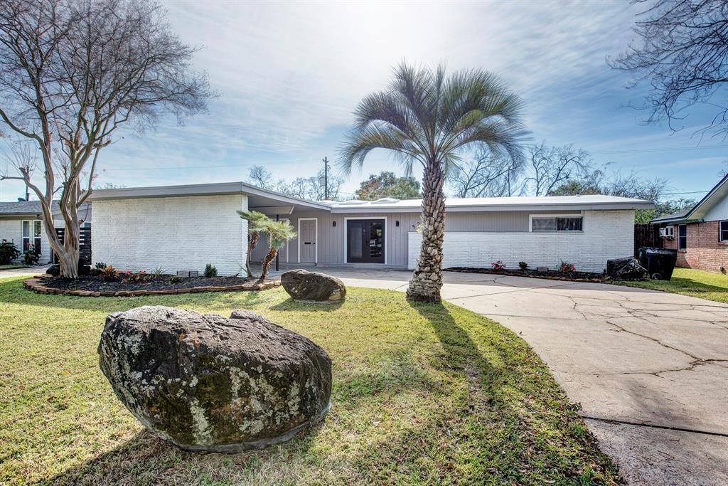5235 Kingfisher Drive, Houston, TX 77035