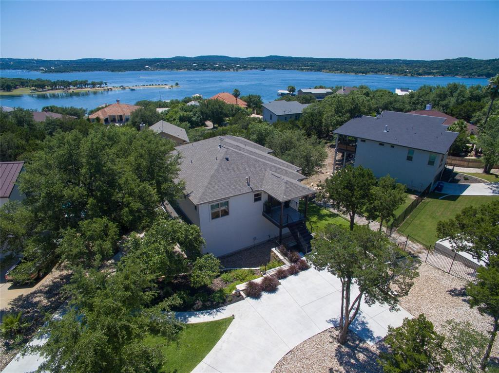 600 Whispering Hollow Circle, Point Venture, TX 78645