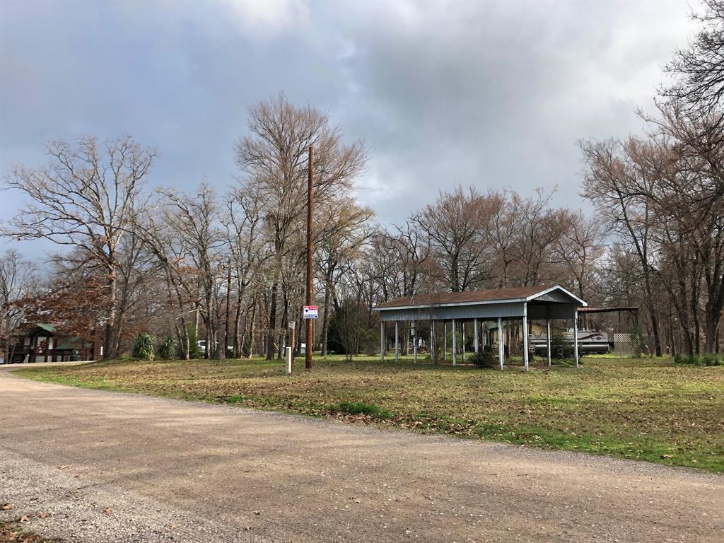 1AC Southside Drive, Streetman, TX 75859