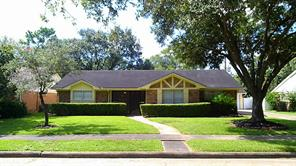 5447 indigo street, houston, TX 77096