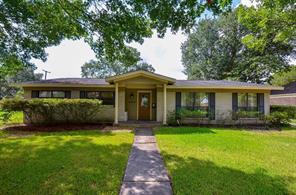 5227 indigo street, houston, TX 77096
