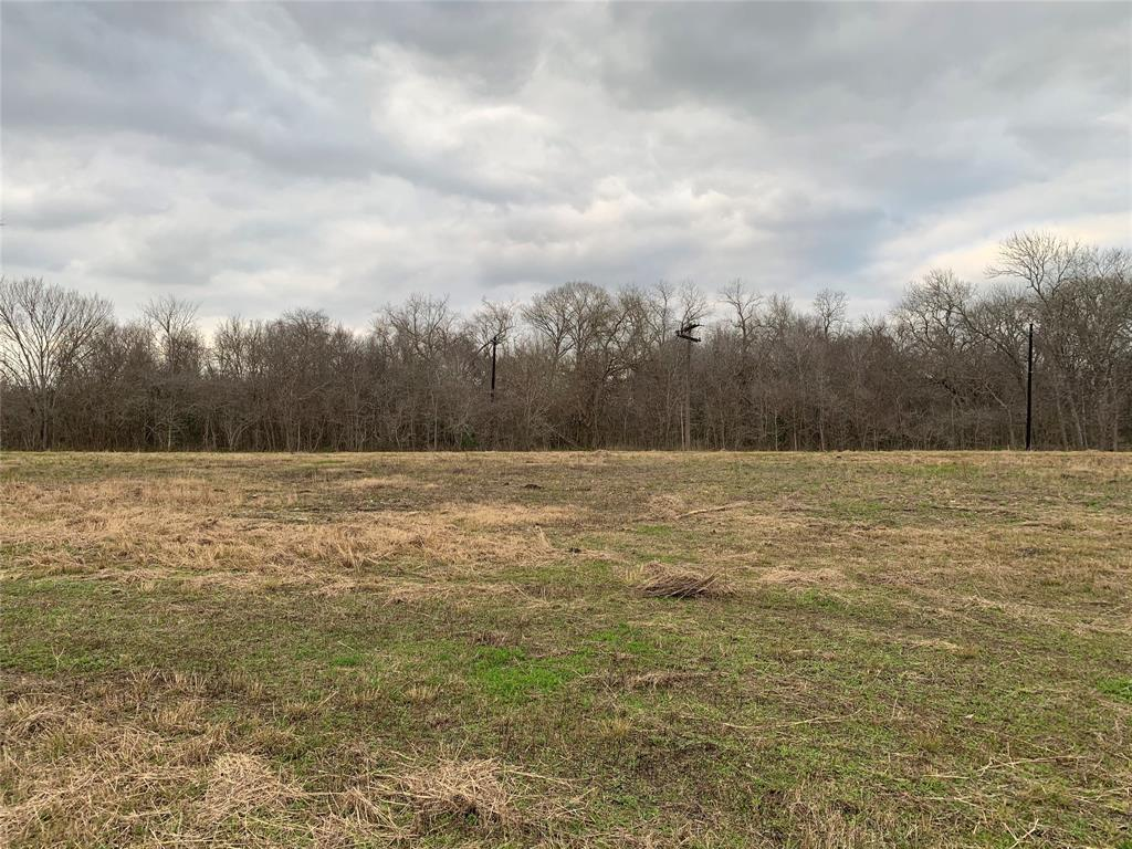 This property is located on the San Bernard River and has it all, can be used for hunting, fishing, recreational or a home site. A must see!!