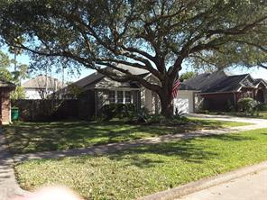 4325 Spoonbill Drive, Seabrook, TX 77586