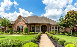 4240 brownstone drive, beaumont, TX 77706