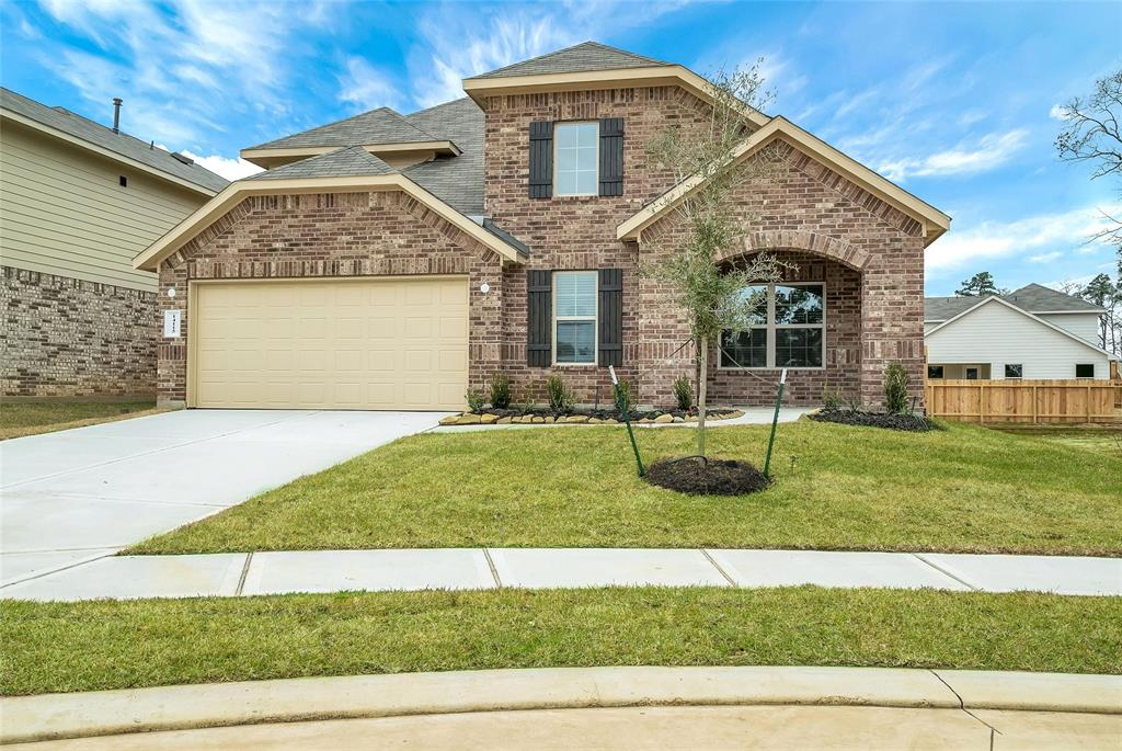 Beautiful DR Horton 2320 Plan in Fosters Ridge.  Great Open Concept Floor Plan, Stainless Steel Appliances in Kitchen; Includes Refrigerator, Washer & Dryer.  Master Bedroom Down & Study/2nd Bedroom Down, Spacious Family & Dining Room, 3 Bedrooms & Game Room Upstairs.  Covered Patio & Fenced Backyard w/Full Sprinkler System.  Sides to Private Greenbelt and Just a Short Walk to Access the Neighborhood Walking Path.  Fenced Backyard and Covered Patio for Entertaining.