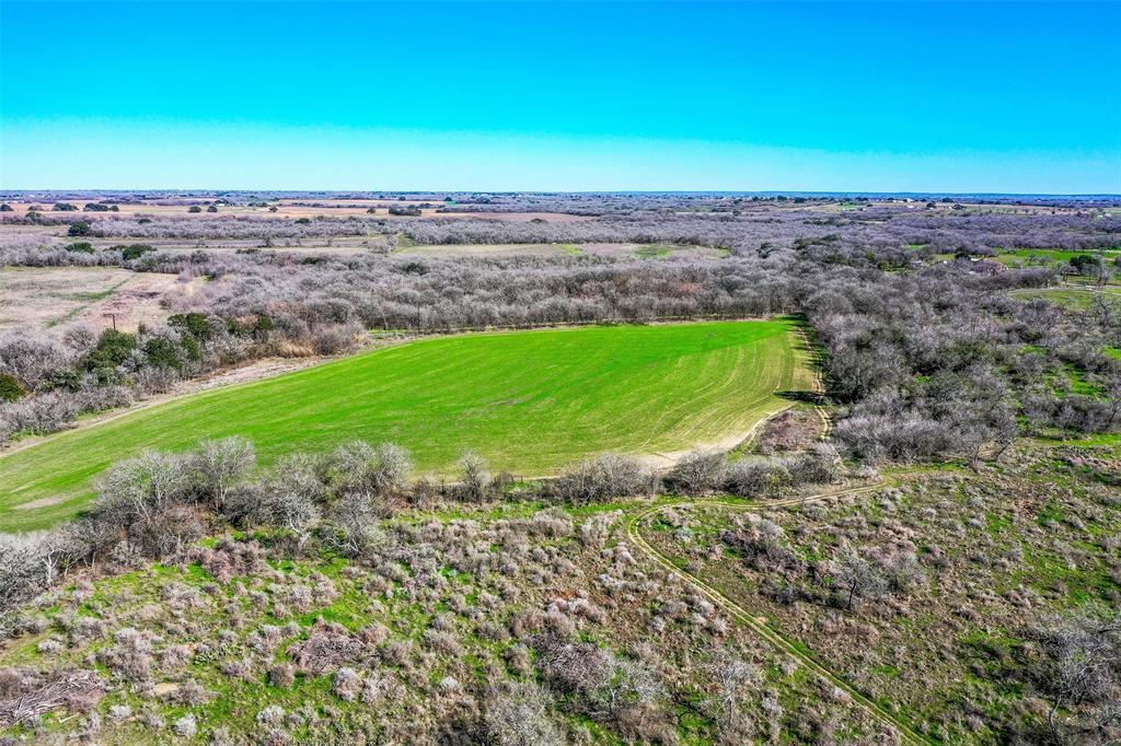 1335 N Gable Road, St. Hedwig, TX 78152