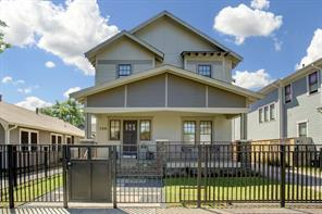 726 E 7th 1/2 Street, Houston, TX 77007