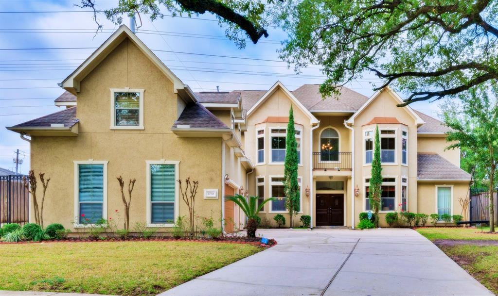 3738 Childress Street, Houston, TX 77005