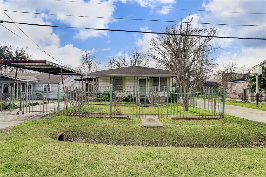 714 Bolling Lane, Houston, TX 77076