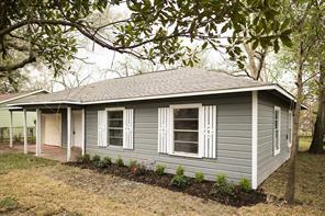 5957 Southmont, Houston TX 77033