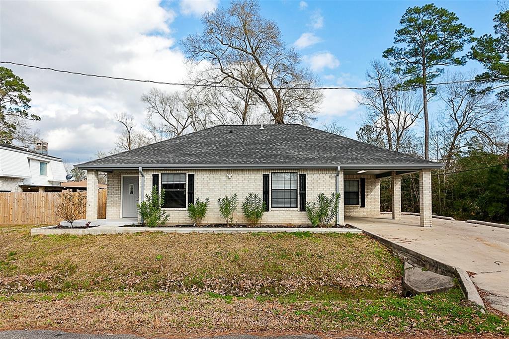 1186 Pine Glen, Sour Lake, TX 77659