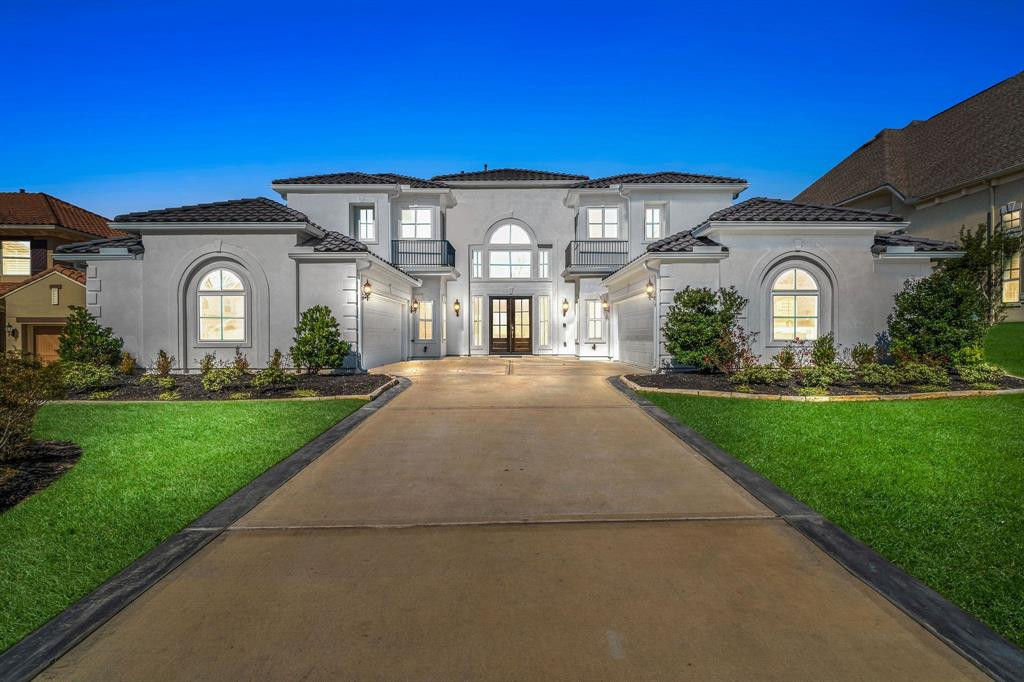 126 S Curly Willow Circle, The Woodlands, TX 77375